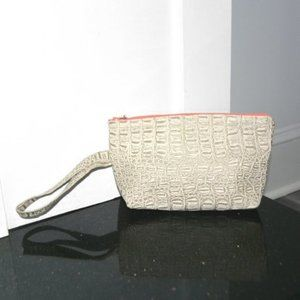 ECLECTICALLY CHIC EMILY LAZO Wristlet Pouch